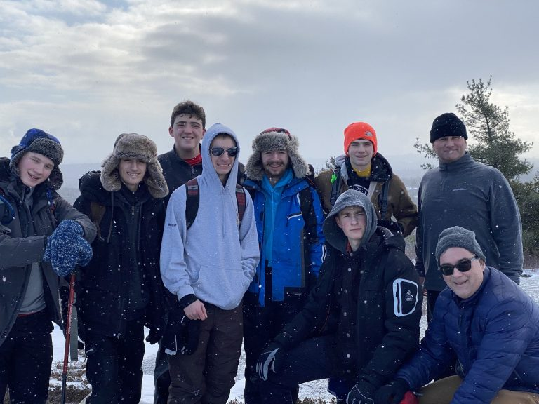 Venturer Scouts Take On Blue Mountain Summit